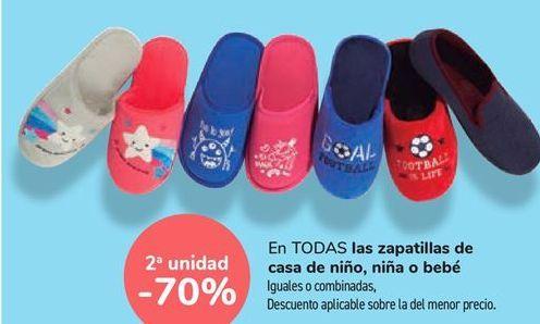 Oferta de En TODAS las zapatillas de casa de niño, niña o bebé por