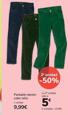 Oferta de Pantalón denim color niño por 9,99€