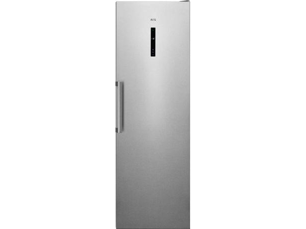 Oferta de Congelador Vertical AEG AGB728E3NX (No Frost - 186 cm - 280 L - Inox) por 799,99€