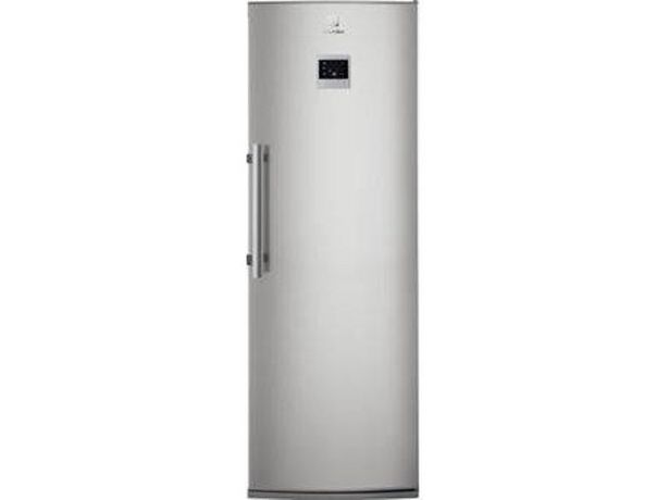 Oferta de Congelador Vertical ELECTROLUX EUF2744AOX (Estático - 185.9 cm - 229 L - Inox) por 649,99€