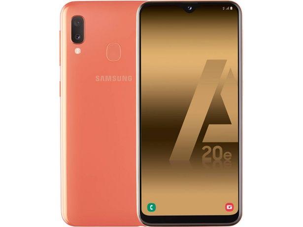 Oferta de Smartphone SAMSUNG Galaxy A20e (5.8'' - 3 GB - 32 GB - Coral) por 139,99€