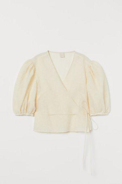 Oferta de Blusa cruzada arrugada por 8,99€