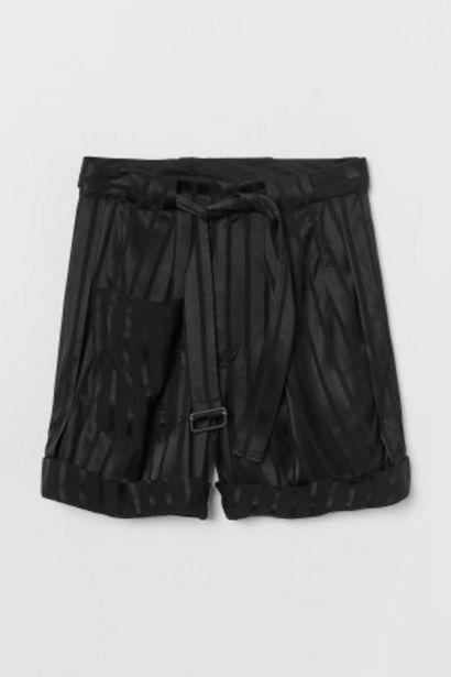 Oferta de Pantalón corto amplio por 24,99€