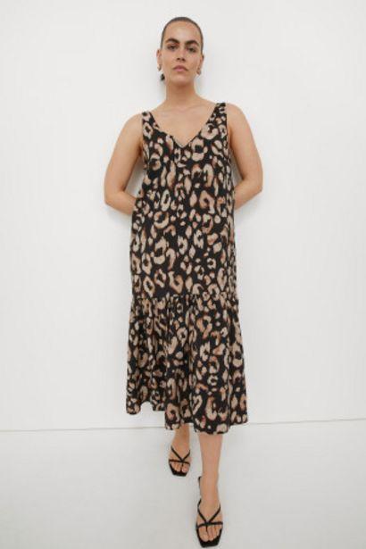 Oferta de Vestido con escote de pico por 12,99€