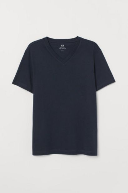 Oferta de Camiseta en V Regular Fit por 1,99€