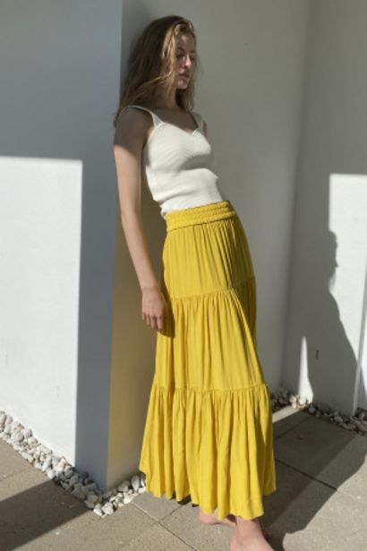 Oferta de Falda larga por 17,99€