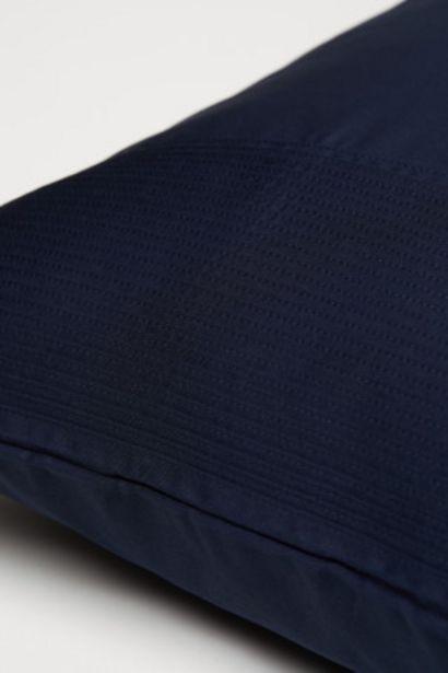Oferta de Funda de almohada con pinzas por 6,99€