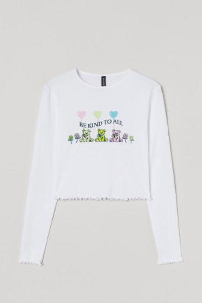Oferta de Camiseta cropped con estampado por 4,99€