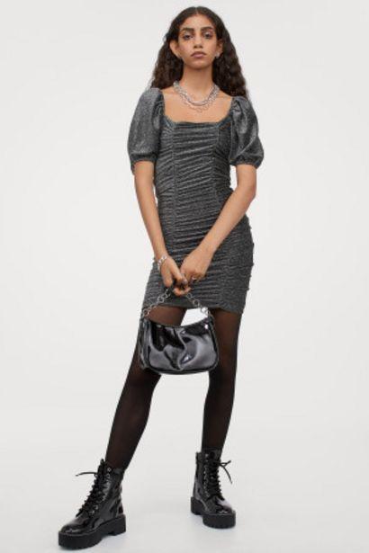 Oferta de Vestido glitter drapeado por 5,99€