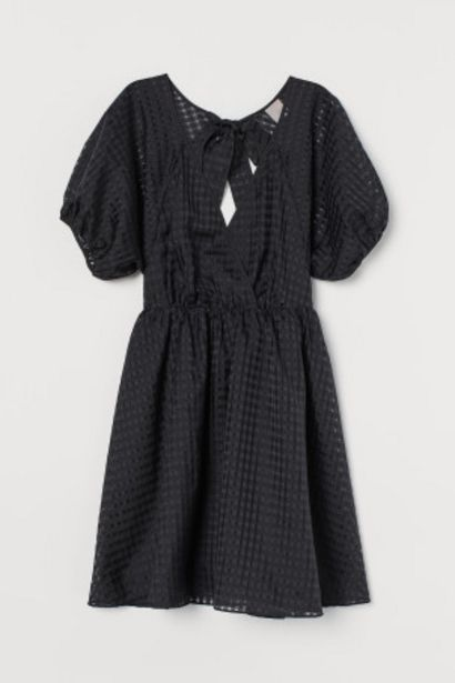 Oferta de Vestido con manga puffy por 24,99€
