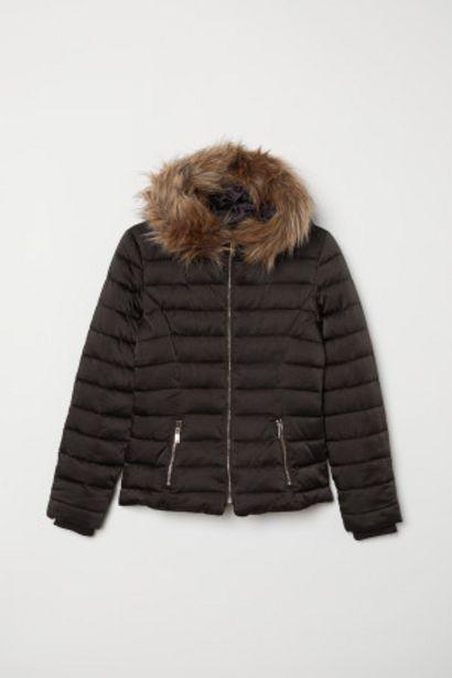 Oferta de Chaqueta acolchada con capucha por 29,99€