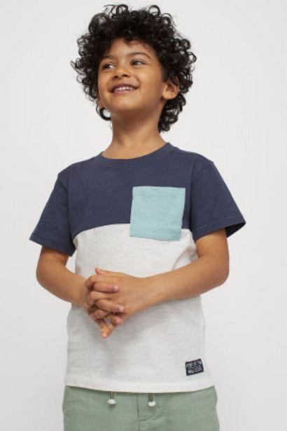 Oferta de Pack 2 camisetas con bolsillo por 4,99€