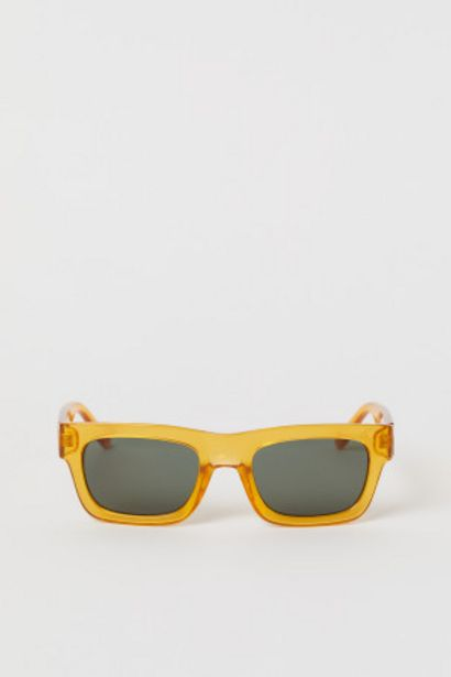 Oferta de Gafas de sol rectangulares por 3,99€