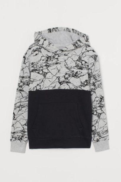Oferta de Sudadera con capucha por 10,99€