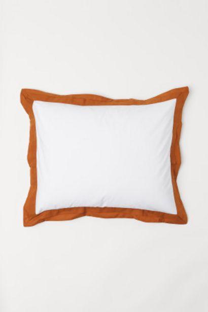 Oferta de Funda de almohada con brida por 6,99€