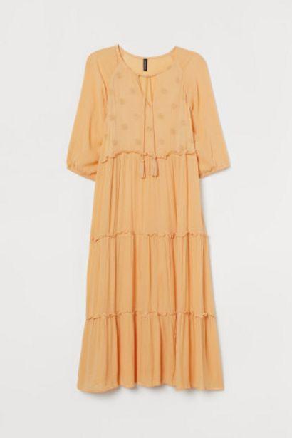 Oferta de H&M+ Vestido bordado por 12,99€