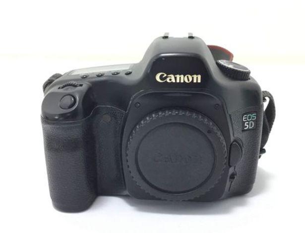 Oferta de Camara digital reflex canon eos 5d por 238,95€