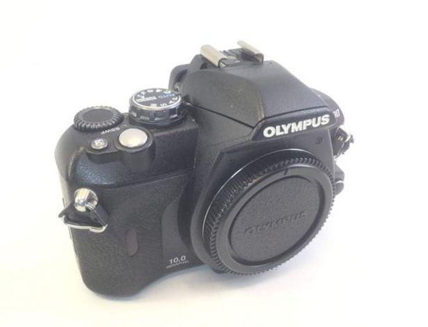 Oferta de Camara digital evil olympus e-400 por 104,95€
