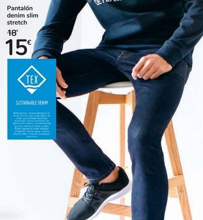 Oferta de Pantalón denim slim stretch por 15€