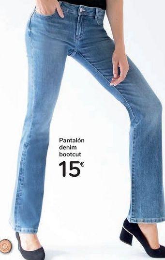 Oferta de Pantalón denim bootcut por 15€