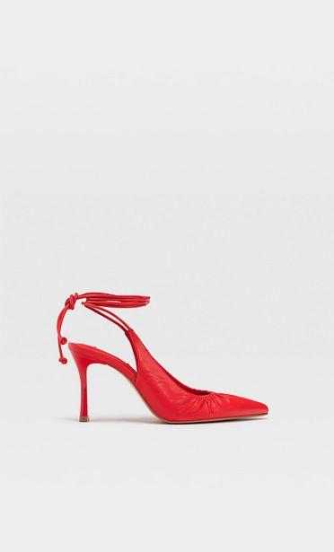 Oferta de Zapatos tacón atados por 25,99€