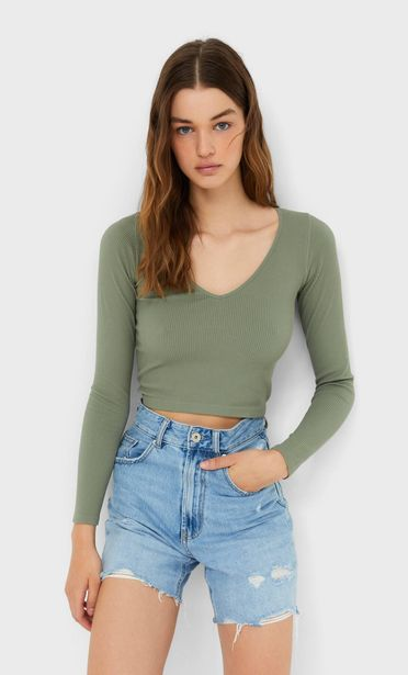 Oferta de Camiseta seamless cuello pico por 12,99€