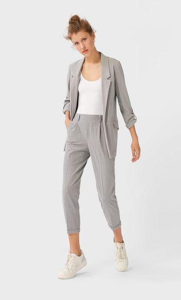 Oferta de Pantalón tailoring slim fit rayas por 12,99€