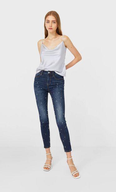 Oferta de Jeans high waist perlas por 15,99€
