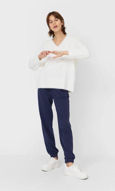 Oferta de Jersey pelo cuello pico por 25,99€