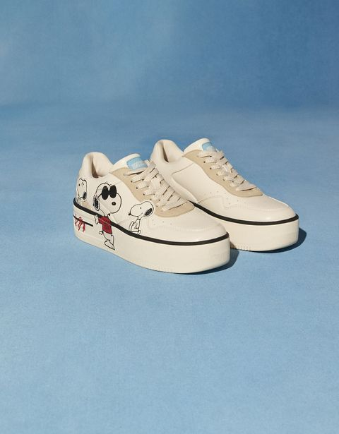 Oferta de Zapatillas plataforma Snoopy por 15,99€