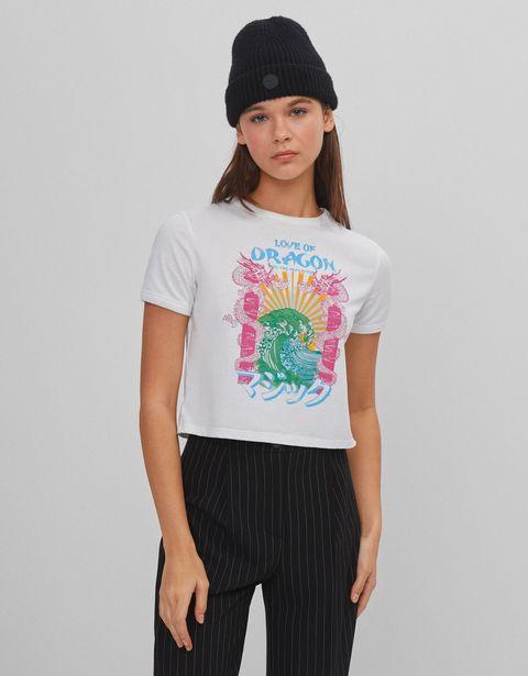 Oferta de Camiseta cropped dragón por 3,99€