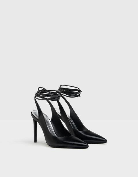 Oferta de Zapato tacón destalonado atado por 15,99€