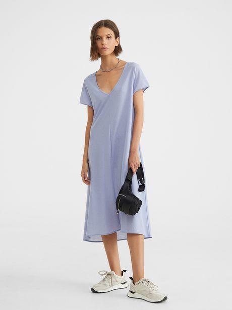 Oferta de Vestido Escote Pico por 9,99€