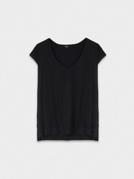 Oferta de Camiseta Básica Escote Pico por 7,99€