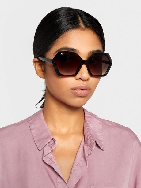 Oferta de Gafas De Sol Tortoise Xeométricas por 12,99€