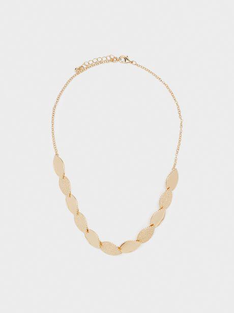 Oferta de Collar Corto Hojas Dorado por 4,99€