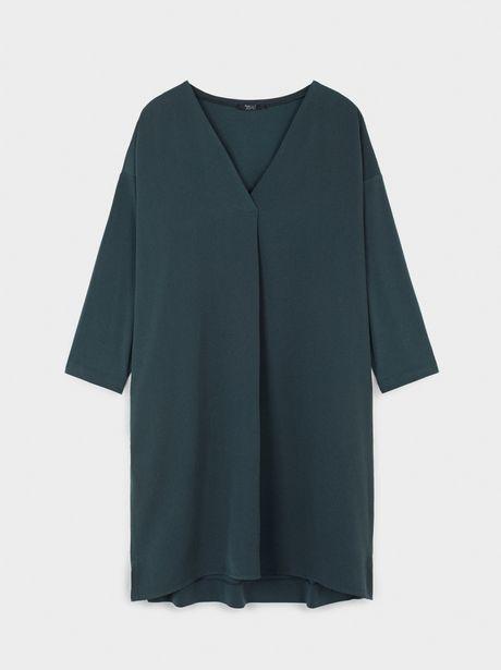 Oferta de Vestido Liso Con Cuello De Pico por 12,99€