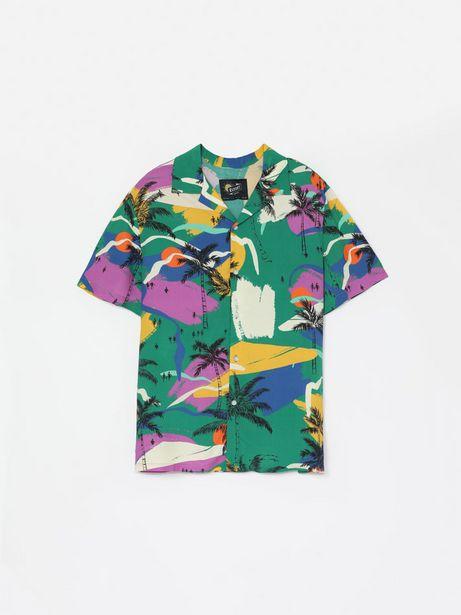 Oferta de Camisa estampada de manga corta por 14,99€