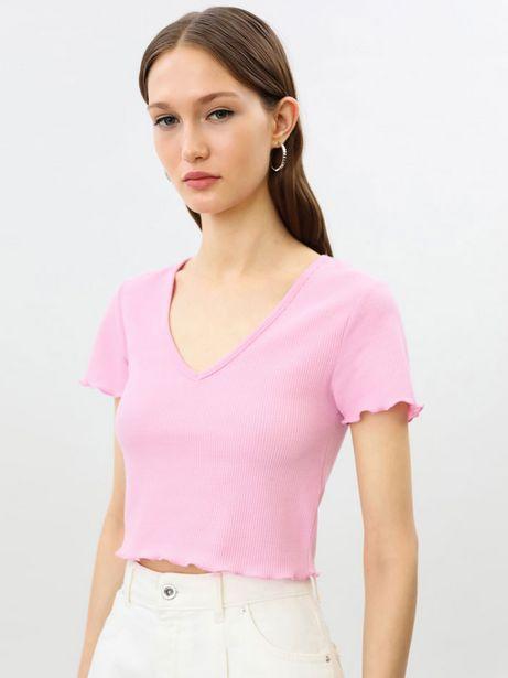Oferta de Camiseta crop de cuello pico por 5,99€