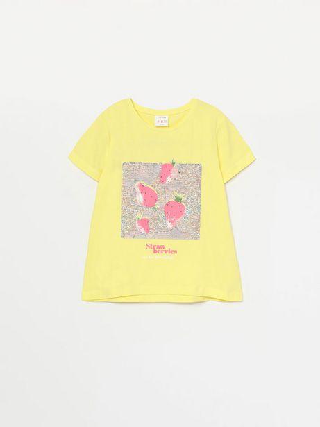 Oferta de Camiseta con estampado tropical de lentejuelas mágicas por 7,99€