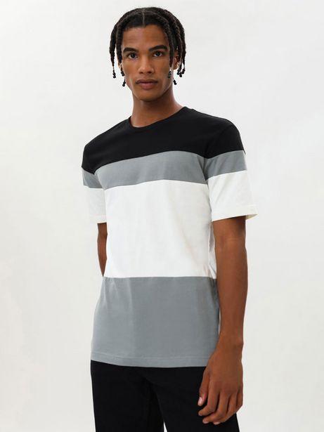 Oferta de Camiseta color block por 6,99€