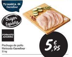 Oferta de Pechuga de pollo fileteada Carrefour por 5,95€