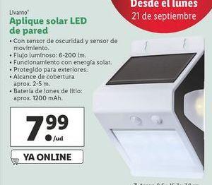 Oferta de Aplique solar LED de pared  Livarno por 7,99€