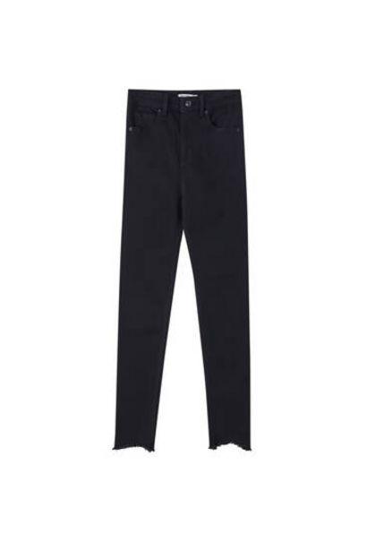 Oferta de Jeans skinny high waist capri por 19,99€