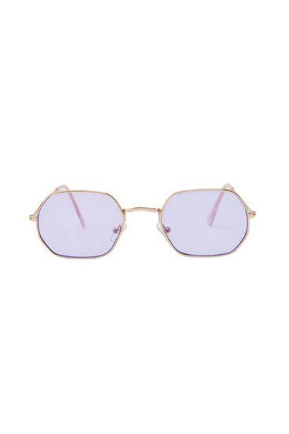 Oferta de Gafas de sol montura geométrica por 9,99€