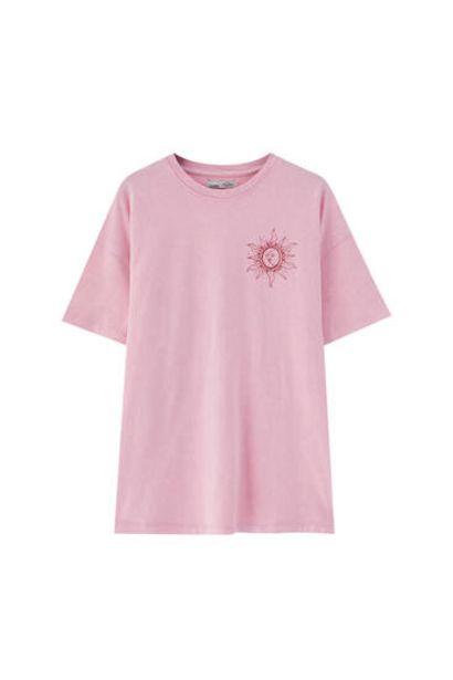 Oferta de Camiseta texto en espiral por 12,99€