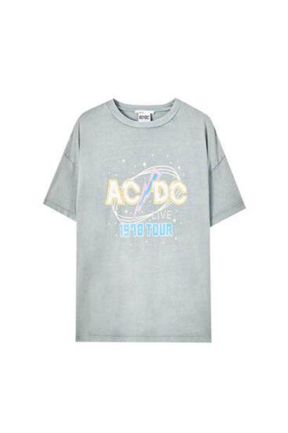 Oferta de Camiseta AC/DC 1970 Tour por 15,99€