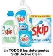 Oferta de En TODOS los detergentes SKIP Active Clean  por
