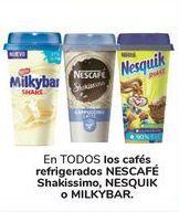 Oferta de En TODOS los cafés refrigerados NESCAFÉ Shakissimo, NESQUIK O MILKYBAR por