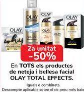 Oferta de En TODOS los productos de limpieza y belleza facial OLAY TOTAL EFFECTS por